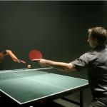 duello ping pong robot vs uomo