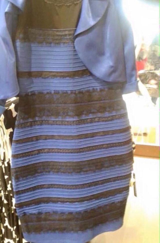 colore-vestito-blu-e-nero-bianco-oro
