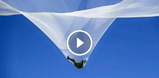 luke aikins lancio senza paracadute tappeto elastico